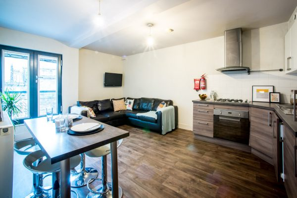5 Bedroom Flat To Let in Gateshead Quayside