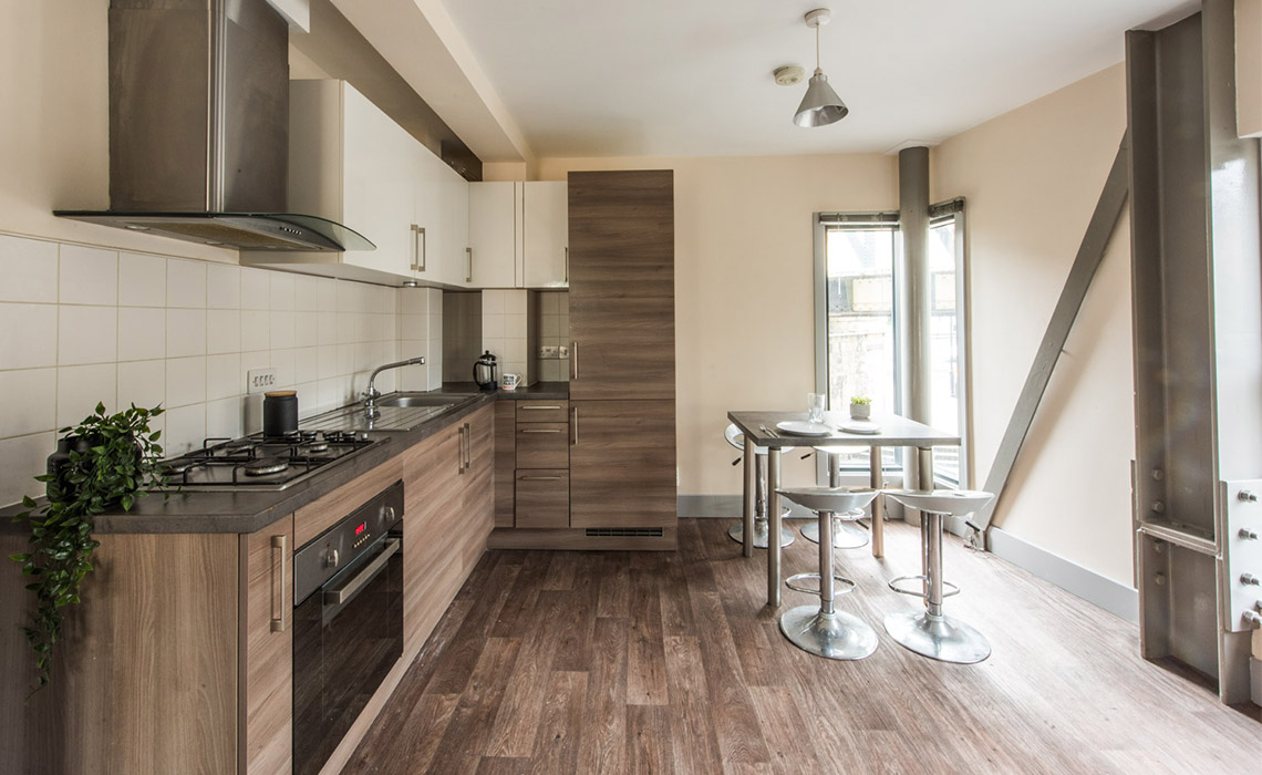 4 Bedroom Flat To Let in Gateshead