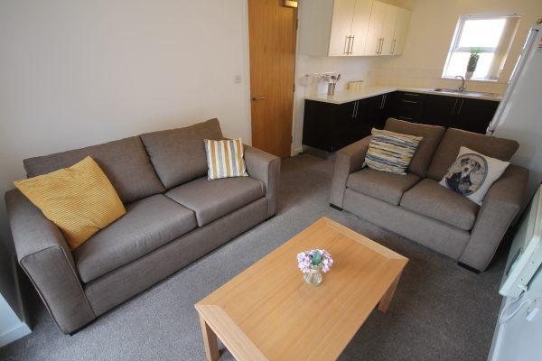 4 Bedroom Flat To Let in Sandyford