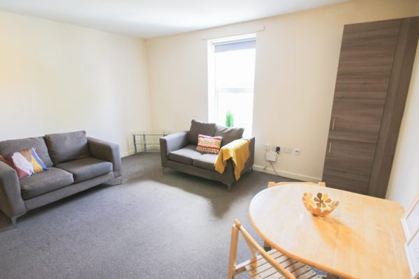 4 Bedroom Flat To Let in Shieldfield