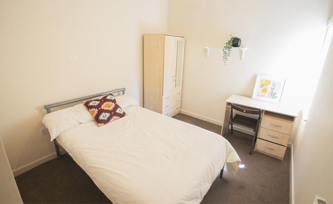 4 Bedroom Flat To Let in Shieldfield