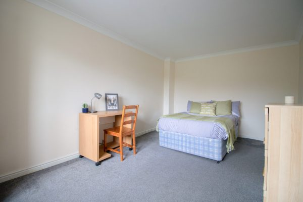 1 Bedroom House share To Let in Gateshead
